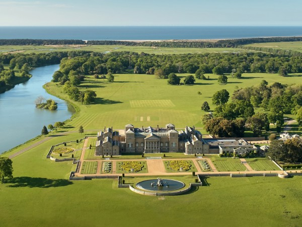 WE TALK TO HOLKHAM HALL, UK DESTINATION WEDDING VENUE